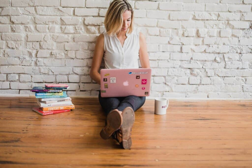 à procura de ideias para temas de blog